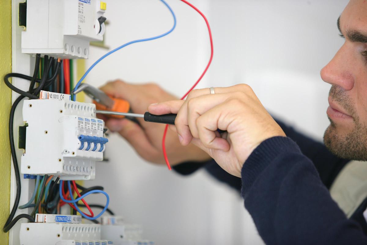 Come scegliere l'elettricista