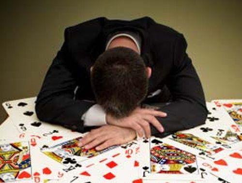 Poker: Ti piace perdere facile?